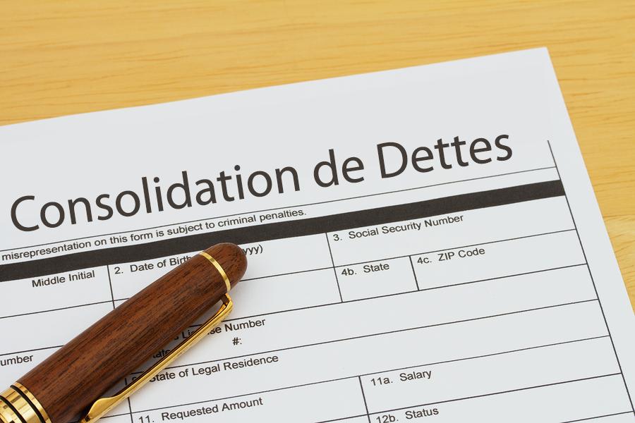 Qu'est-ce qu'une consolidation de dettes et comment cela peut-il améliorer ma situation financière?
